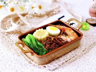 田头菇鸡汤时蔬海鲜米粉,再来一张诱惑你。