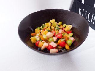 小夏日水果沙拉盘