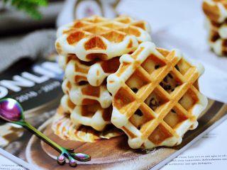蜜豆酸奶华夫饼,配上一杯咖啡,非常不错。