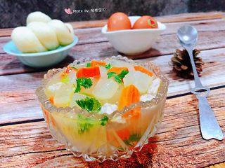 冬瓜胡萝卜肉丁汤