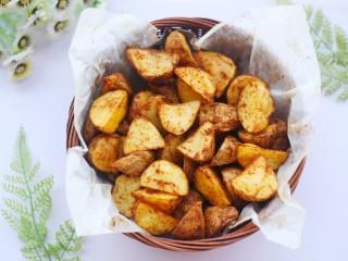 好吃到吮指的烤薯角,超级香。