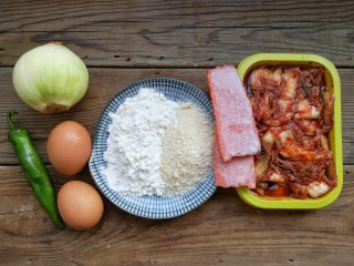 韩式泡菜煎饼,准备食材。