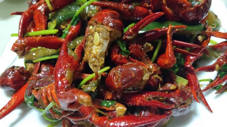 美味宵夜小龙虾