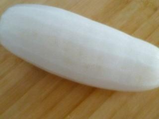 白萝卜鸡肉卷,白萝卜去皮