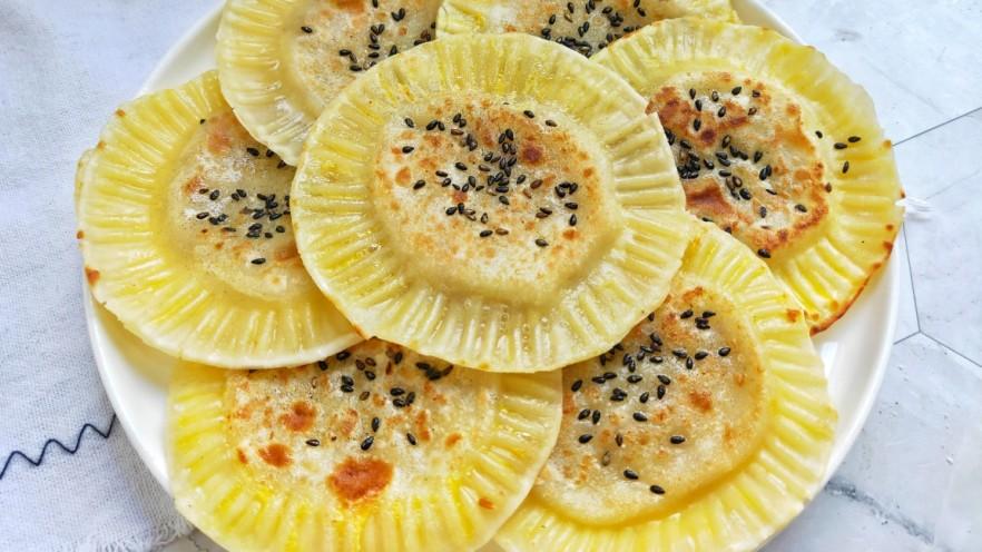 宝宝爱吃的奶香香蕉饼❗不蒸不烤,吃一口就爆浆❗