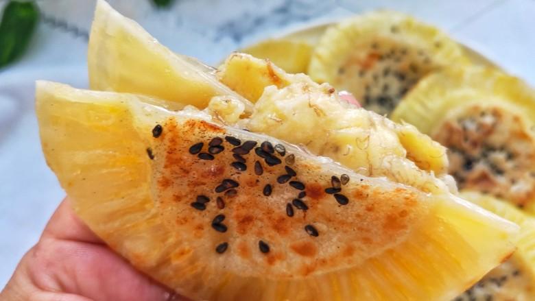 宝宝爱吃的奶香香蕉饼❗不蒸不烤,吃一口就爆浆❗,哇,真的个个爆浆哦!