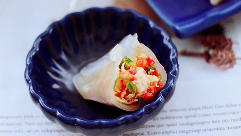 番茄虾仁鸡蛋水晶蒸饺,诱惑到你木有。
