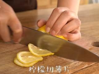 """每天一杯【百香果柠檬酱】变身""""白瘦美"""",柠檬切薄片"""