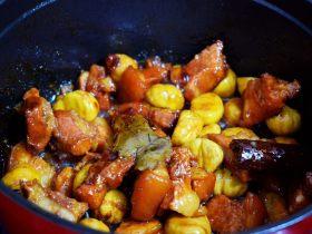 分享秘制红烧肉的做法,黄亮油润,比饭店的好吃百倍!