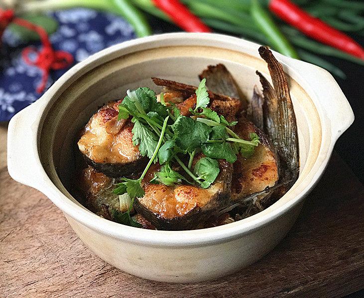 冬日暖心菜  砂锅焗鱼块