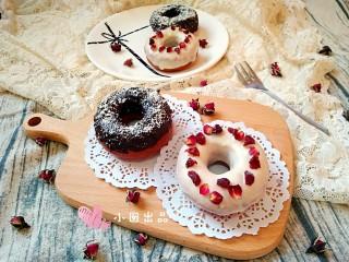 巧克力甜甜圈,成品。