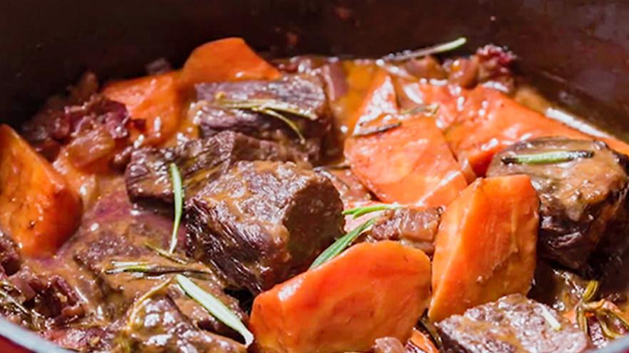 法式红酒烩牦牛肉