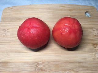 西红柿鸡蛋盖浇饭,去皮