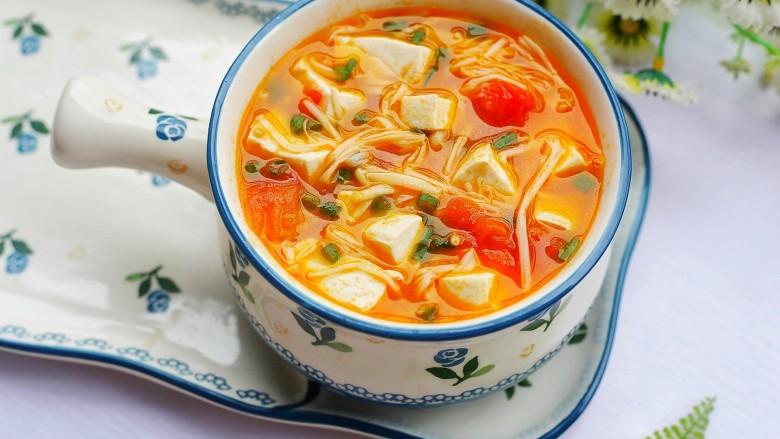 番茄金针菇豆腐汤,无敌好喝。