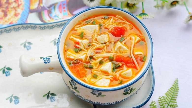 番茄金针菇豆腐汤,成品。
