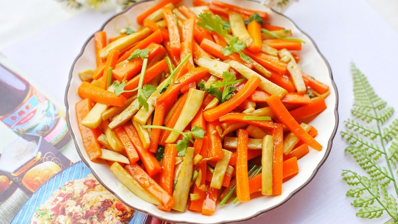 杏鲍菇炒胡萝卜,成品。