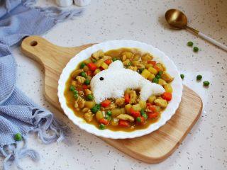 咖喱土豆胡萝卜鸡丁饭