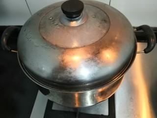 桂花糕,大火蒸25分钟后,关火取出
