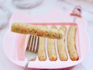 鸡肉西兰花肠,好吃又营养丰富。