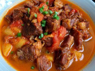 番茄炖牛腩,满屋飘香,汤汁浓郁