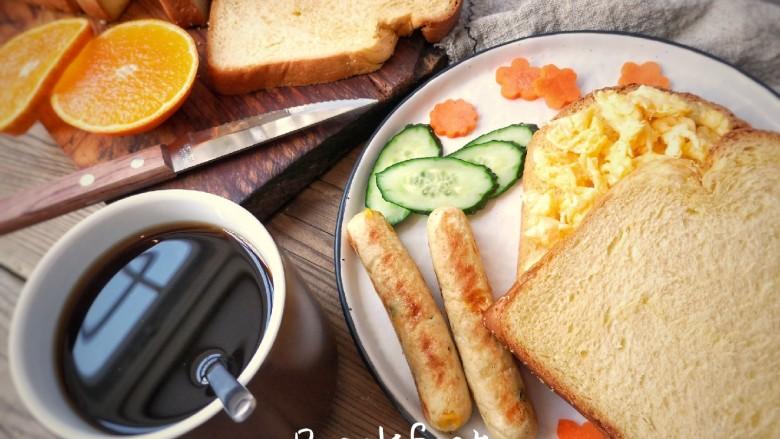 宝宝香肠,Q弹健康美味无添加的鸡茸玉米肠你学会了吗?