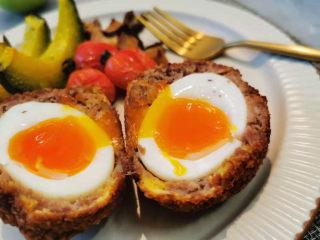 苏格兰炸鸡蛋-鸡蛋的花式吃法,晒图了,溏心效果特别棒有没有