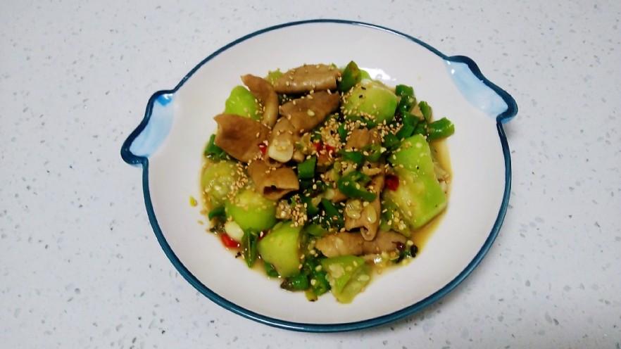尖椒炒🐷大肠、丝瓜