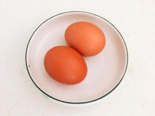 莲藕肉丸,土鸡蛋清洗干净