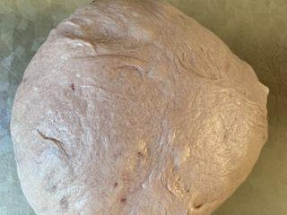 紫米面包,和面揉出膜一次发酵