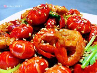 蒜蓉辣椒酱炒龙虾尾,美好的一天从丰盛的营养早餐开始