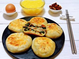 冬至美食+菠菜馅饼