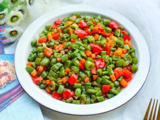 简单好吃的炒四季豆,无敌好吃。