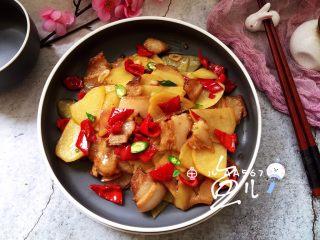 土豆回锅肉