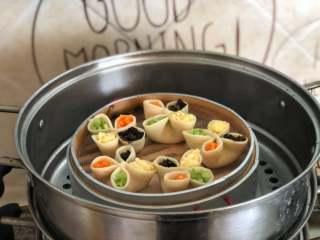 四喜蒸饺,大火蒸15-18分钟即可。