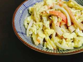 食材简单,调料简单,味道却不简单的蟹棒滑蛋