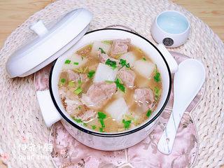 白萝卜羊肉汤,哇哦!暖胃又营养的白萝卜羊肉汤诱人极了!