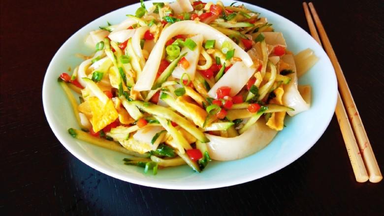 广州肠粉,肠粉可以这样吃更好吃。