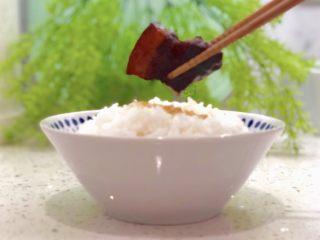 """不爱吃肥肉的我爱上""""红烧肉"""",盛一碗米饭"""