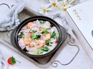 海蝦皮蛋蘿卜粥,鮮甜香糯,每次煮一鍋上桌就秒光。