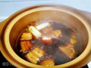红烧肉炖冬瓜,大火煮开转小火