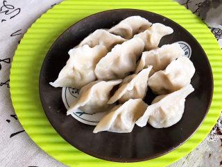 冬至美食  黄蘑猪肉馅水饺