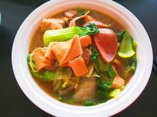 冬至美食+大烩菜,中午一锅大烩菜比肉好吃。