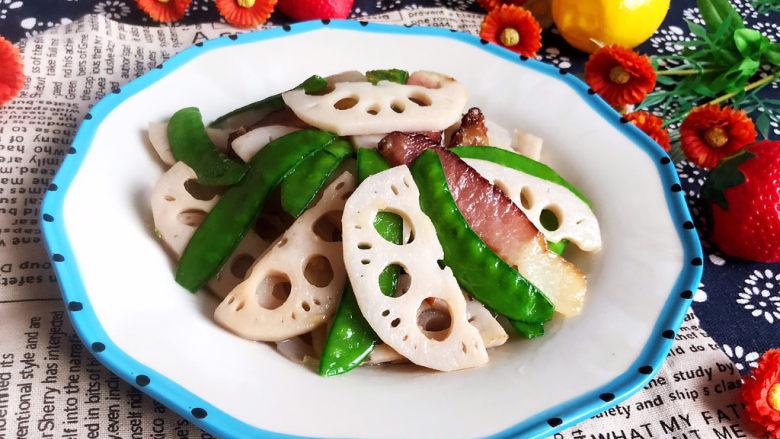 莲藕炒肉片,莲藕炒肉片是一道快手菜,清淡适宜,清脆爽口~