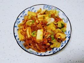 虾米豆腐炖粉条、白菜