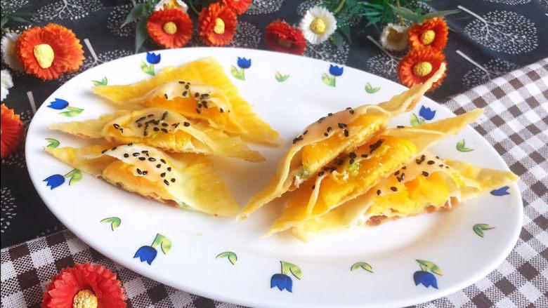 蛋黄派,蛋黄派底部金黄酥脆,中间是溏心蛋黄,非常美味,早餐,下午茶或宵夜首选~