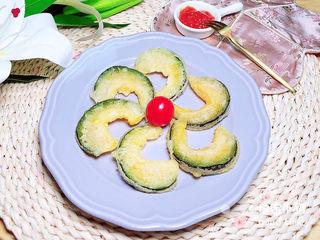 炸南瓜条,一盘漂亮的天妇罗炸南瓜条就上桌了!