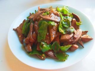 辣椒炒猪肝,辣椒炒猪肝。