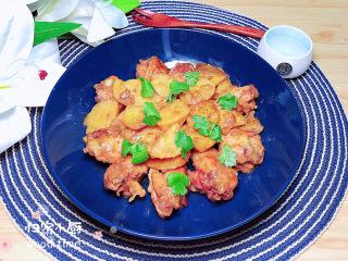 红烧土豆鸡块,配上一碗米饭,味道赞爆了!