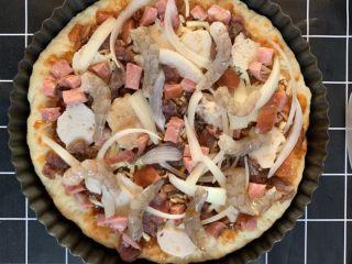 披萨🍕,放香菇片