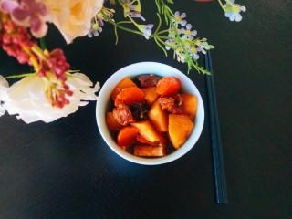 土豆牛腩煲